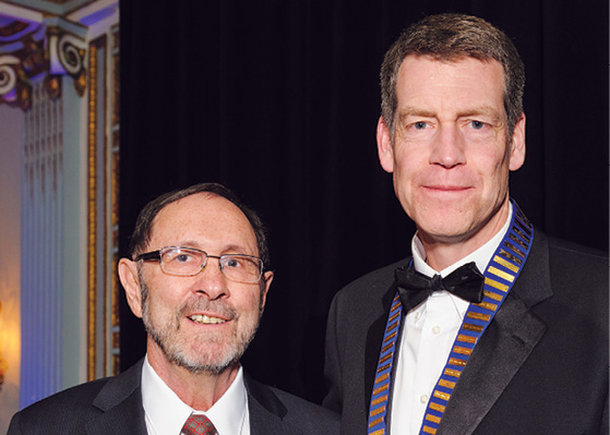Shia Salem, M.D. (left) and Canadian Association of Radiologists (CAR) President James Fraser, M.D. (right)